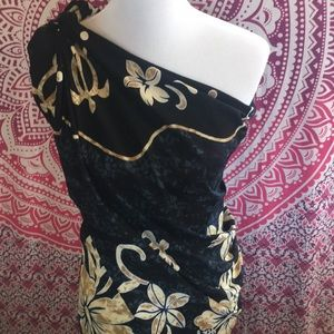 Other - NWT full size sarong or beach wrap.